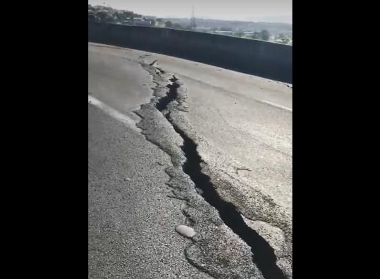 Fissures : l'état de la route au niveau de l'échangeur de la Pointe des Sables