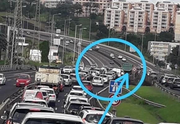 Un accrochage sur l'autoroute en sortie de Rocade en allant vers le Lamentin provoque des embouteillages