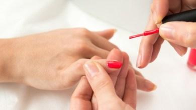 Photo of Il menace sa compagne de lui couper les doigts, car il n'aime pas son vernis