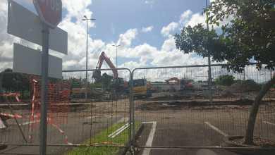 Photo of Fissures : les locaux d'une entreprise spécialisée dans la vente de pneus située au Lamentin détruits