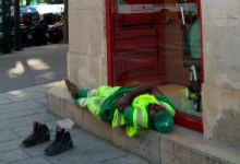 Photo of Adama Cissé, l'éboueur parisien licencié suite à la diffusion d'une photo de lui va porter plainte