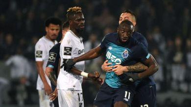 Photo of Un joueur de football victime de cris racistes quitte le terrain en colère à la 71e minute (VIDÉO)