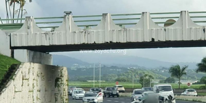 Accident sous le pont de Carrère