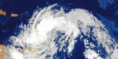 L'onde tropicale aborde l'arc antillais