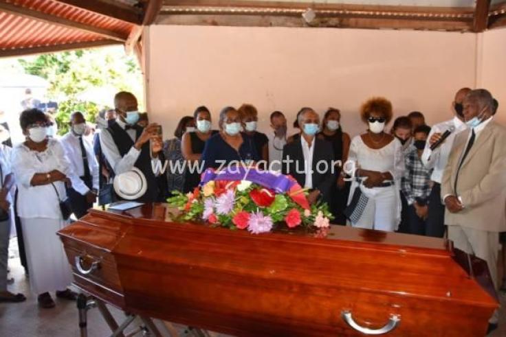 Les obsèques du docteur Pierre Talbot. Photo : Ville du Robert.