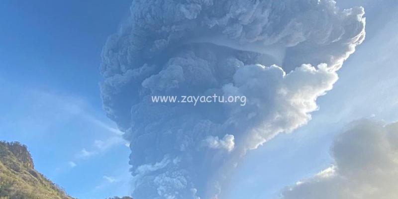 Une nouvelle explosion ce mardi 13 avril à la Soufrière de Saint-Vincent.