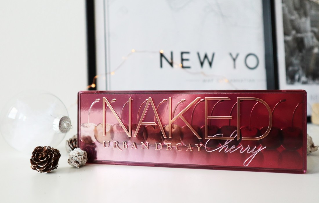 Kerst bloghop + winactie: Urban Decay Naked Cherry!