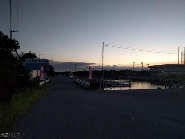 江川海岸の駐車場