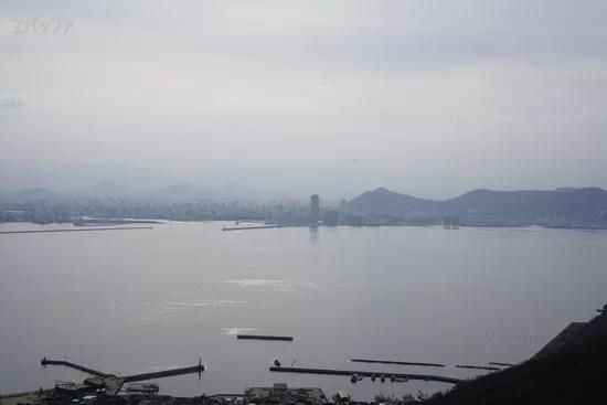 女木島の展望台から見た高松