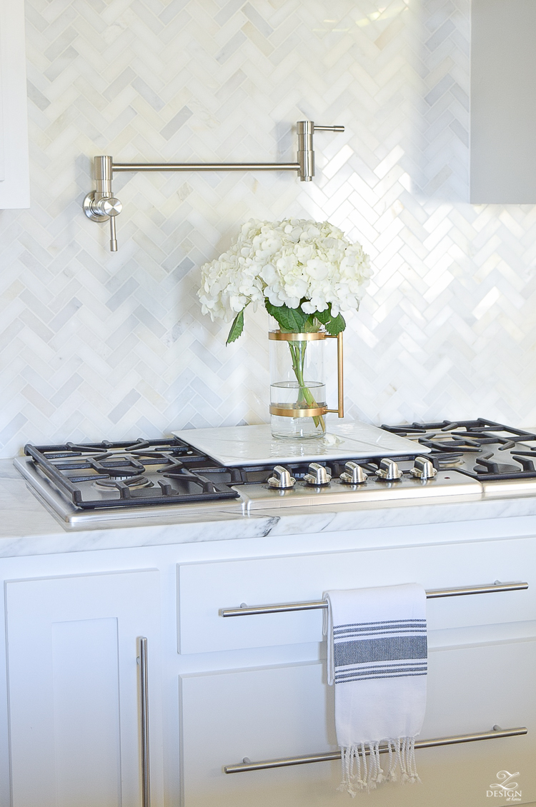 9 Simple Tips for Styling Your Kitchen Counters | ZDesign ... on Kitchen Counter Decor Modern  id=39863
