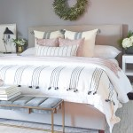 Decked Styled Christmas Tour A Christmas Dining Room And Bedroom