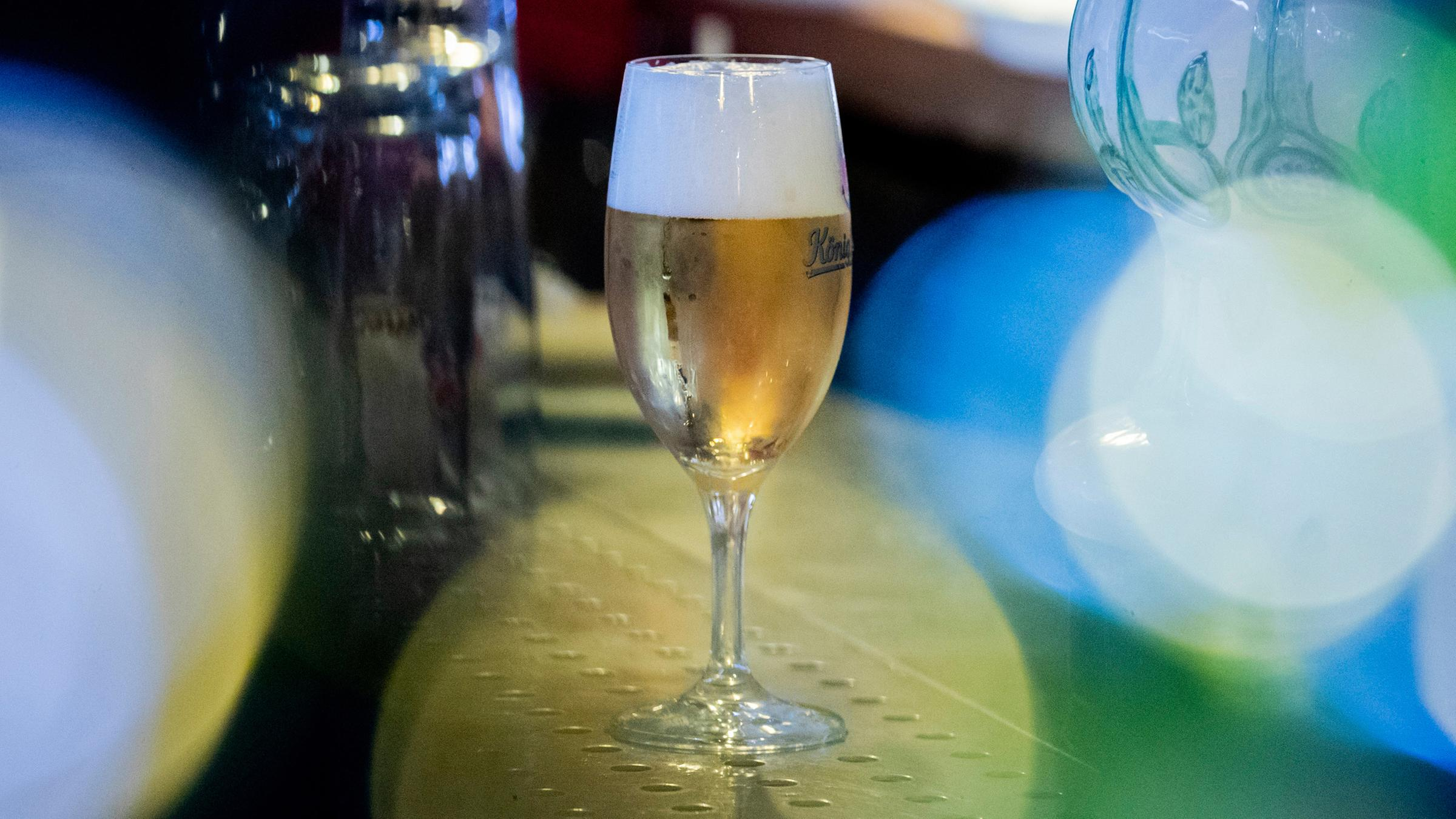 corona shutdown statt bier vom fass