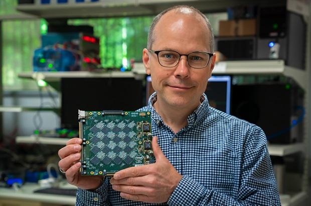 Intel présente un nouveau système neuromorphique