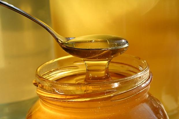 Čudesna kombinacija meda i vode: 9 korisnih svojstava