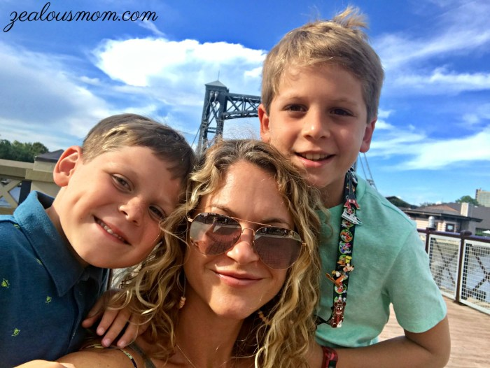 Pros & Cons of a Solo Parenting Vacay