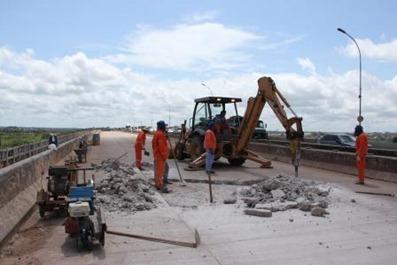 Ponte nova já foi fechada porque apresentava defeitos