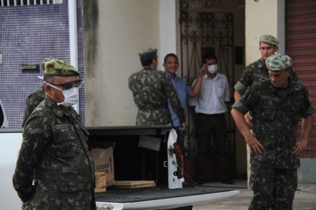 (15341) Explosivos encontrados em residencia Belém