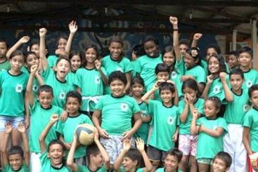 Parte das crianças atendidas pelo Projeto