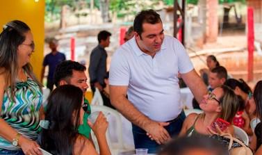 Professores da rede pública de Curionópolis são homenageados em grande festa