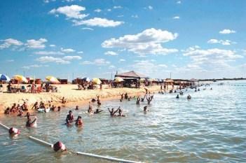 Jovem de 26 anos morre afogado na Praia do Meio em São João do Araguaia