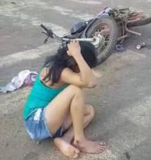 Altamira: Mulher bêbada pilotando moto sem placa colide contra viatura da PRF