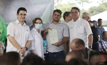 Governo federal entrega mais de 50 mil títulos de terras no Pará
