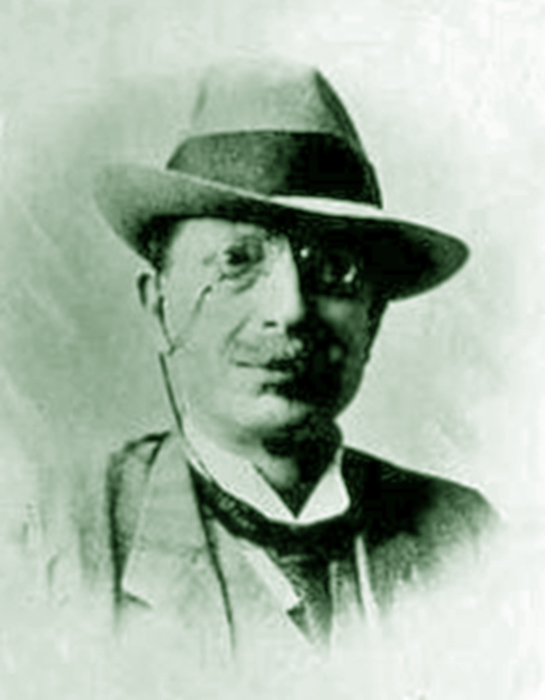 יוסף נבון ב-1910 צילום תמר הירדני ויקיפדיה