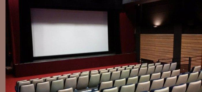 Cinéma Jacques Tati • Saint-Nazaire Salle classée Art-et-Essai, labellisée Jeune Public, Patrimoine, Recherche et Découverte Mono-écran, 147 places