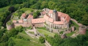 Burg Breuberg oben, Zeltnerhof - Urlaub auf dem Bauernhof