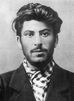 Stalin: Ketika Seorang Paranoid Memimpin Negara Terbesar di Dunia 99