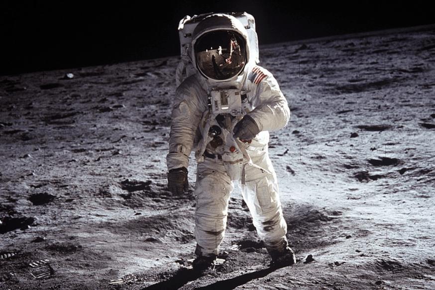 Mengenang 62 Tahun Pendaratan Neil Armstrong dan Buzz Aldrin di Bulan 25