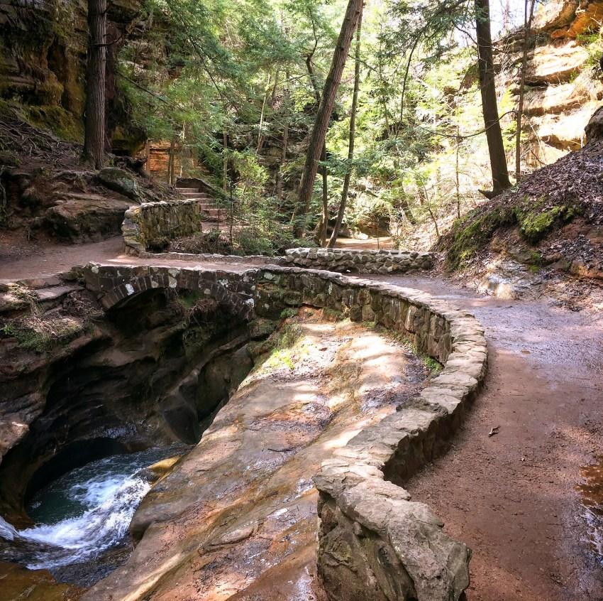 Hiking In Hocking Hills State Park | Logan, OH | USA | Old Man's Cave, Devil's Bathtub
