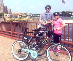 How To Stay Healthy While Traveling | 7 Tips For Healthy Travel | How To Stay Healthy on Vacation | 6 Habits For a Healthy Vacation | Minneapolis Bike Tour