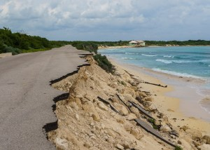 collapsing bike path in cozumel