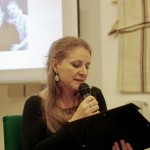 Radics Zsuzsanna olvasott fel részleteket Mayer Antal könyvéből / Zsuzsanna Radics las aus dem Werk von Antal Mayer vor