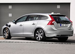 Volvo V60 Hybrid Photo 7 11931