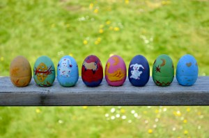 Oeufs en bois pour Pâques sans déchet