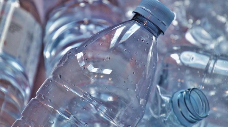 Le fléau des bouteilles en plastique