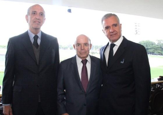 Luiz Alfredo Taunay, Francisco Dornelles e Julio Lopes (Custom)