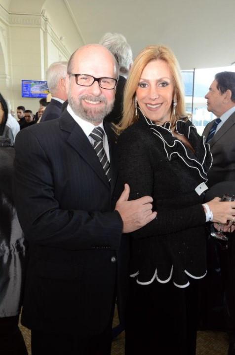Luiz Felipe e Isabela Francisco (Custom)