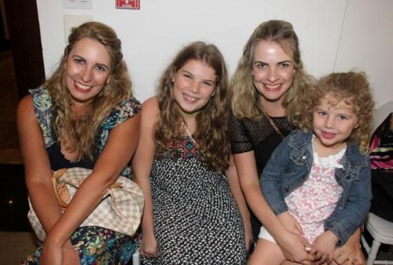 Claudia Castro, Giulia, Flavia e Maria Antonia Castro Aguiar