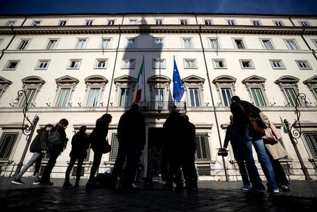 Manovra: Vertice tra Conte, Salvini e Di Maio. Allarme dell'Istat sulla crescita
