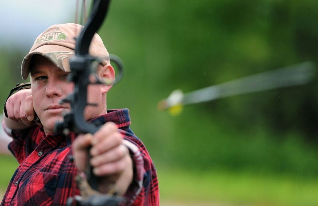 Archery Lessons Part 2 – How to Shoot a Bow