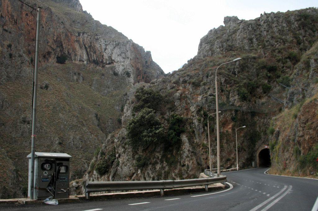 La strada per Elafonissi