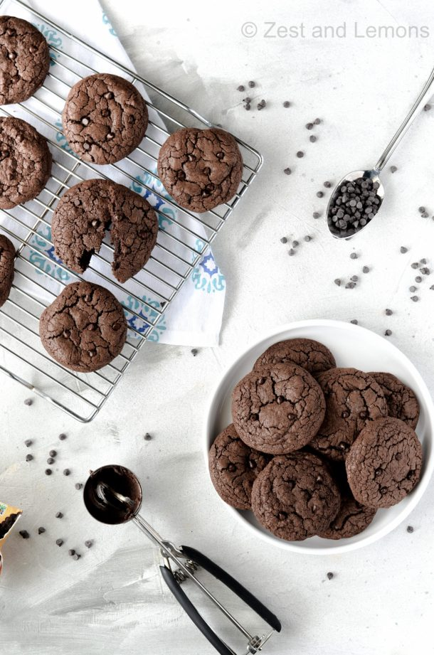 Gluten free double chocolate chip cookies - Zest and Lemons