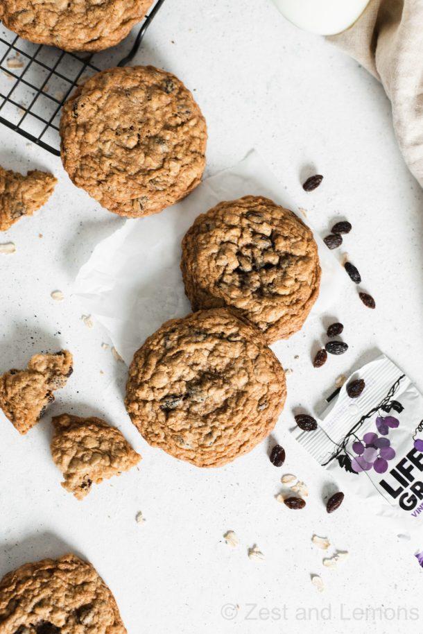 Gluten free oatmeal raisin cookies - Zest and Lemons