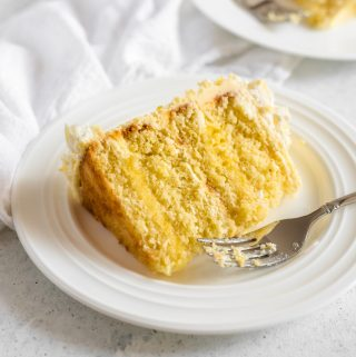 gluten free lemon cake with lemon filling - Zest and Lemons
