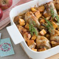 עוף עם בטטות ותפוחים ברוטב דבש וסויה