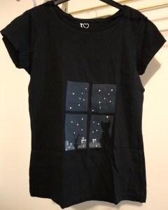 t-shirt-katze-vor-fenster-milanDSC05359
