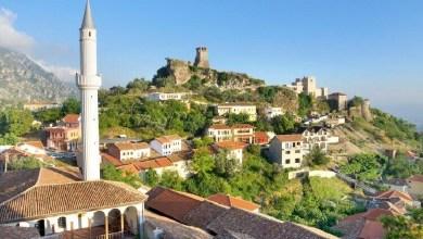 Photo of Faqja e njohur turistike: 10 qytete përrallore që mund të vizitoni në Shqipëri (FOTO)